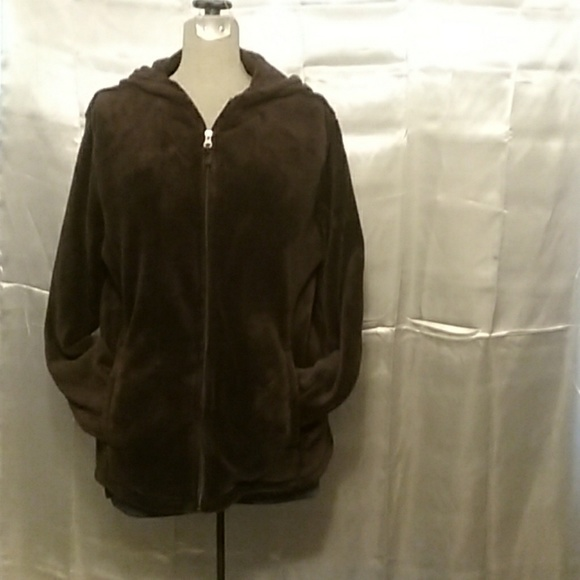 Danskin Now Jackets & Blazers - Danskin Now plush hoodie size 2X